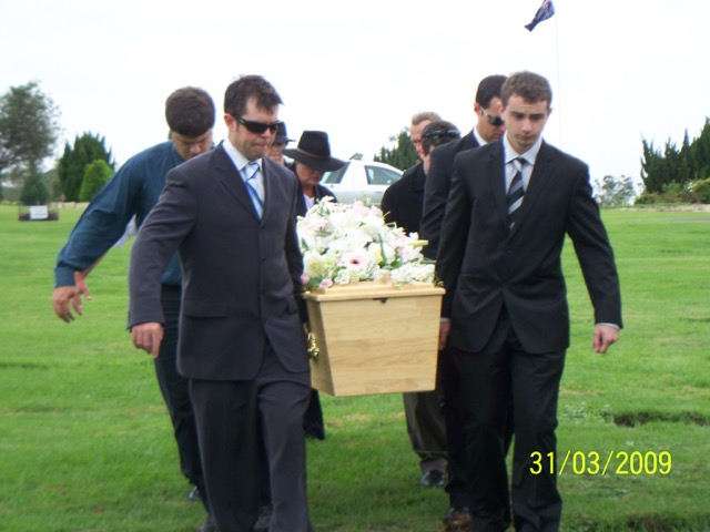Bettina Messenger's Funeral